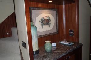 90' Ocean Alexander Sky Lounge 2013 Owner & Guest Foyer