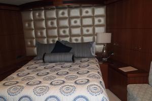 90' Ocean Alexander Sky Lounge 2013 Fwd VIP Stateroom