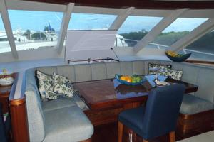 90' Ocean Alexander Sky Lounge 2013 Fwd Galley Dinette