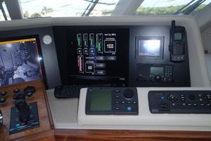90' Ocean Alexander Sky Lounge 2013 Maretron Ship's Computer System