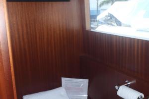 90' Ocean Alexander Sky Lounge 2013 Skylounge  Day Head