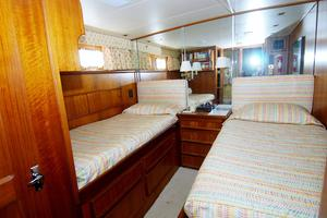 photo of Hatteras-CPMY-1977-SENTRY-Stuart-Florida-United-States-Guest-Stateroom-1-452928
