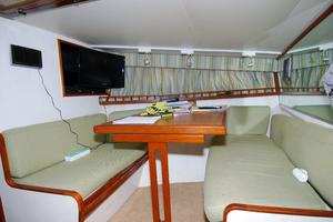 photo of Hatteras-CPMY-1977-SENTRY-Stuart-Florida-United-States-Crew-Dinette-converts-to-berth-452924
