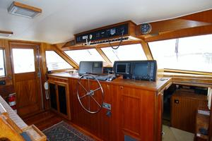 70' Hatteras Cpmy 1977 Wheelhouse Forward
