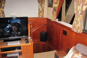 70' Hatteras Cpmy 1977 Staircase to Staterooms from Saloon