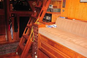 70' Hatteras Cpmy 1977 Stairs to Flybridge from Wheelhouse