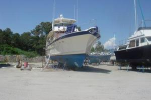 70' Hatteras Cpmy 1977 Out of Water
