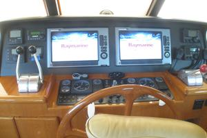 52' Symbol 50 2002 Lower helm with Raytheon E120W multifunction displays