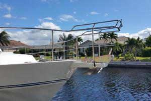 52' Symbol 50 2002 Custom railing to allow access to bow safelly