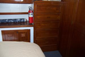 40' Cheoy Lee LRC 1979 40 Cheoy Lee Master Cabin 2