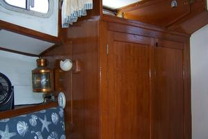 40' Cheoy Lee LRC 1979 40 Cheoy Lee Fwd Cabin 2