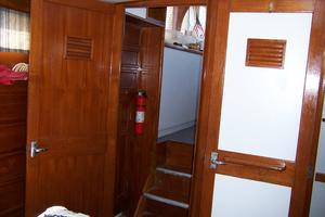 40' Cheoy Lee LRC 1979 40 Cheoy Lee Master Cabin Entry
