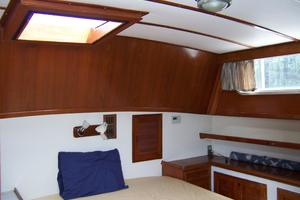 40' Cheoy Lee LRC 1979 40 Cheoy Lee Master Cabin 3