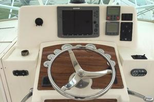 Sea Legs is a Albemarle 31 Express Yacht For Sale in Nola--4