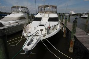 45' Sea Ray 450 Express Bridge 1999 SEA RAY 450 Express Bridge Deck