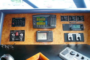 105' Intermarine Raised Pilothouse 2000 Photo 10_105_Intermarine