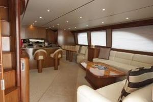 76' Viking 76 EB Convertible 2012 Salon