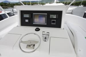 76' Viking 76 EB Convertible 2012 Skybridge helm II