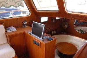 50' De Vries Motorsailer 50 1985 Pilot house view of the dining area