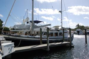 50' De Vries Motorsailer 50 1985 At the dock