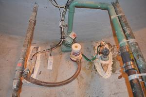 70' Drift Fishing Vessel 90 Person Commercial 1986 70' Drift Fishing Vessel Midships Hold Bilge Pump