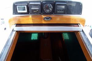 44' Hylas 44 Center Cockpit Sloop 1987 44 Hylas Cockpit Instruments