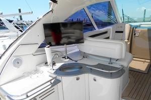 48' Sea Ray 48 Sundancer 2006 Aft wet bar and television