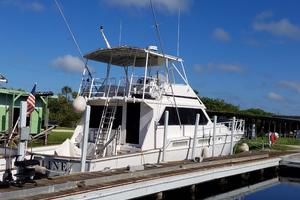 62' Custom Sportsfisherman 1984 Striker 62 aft View