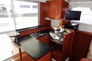 39' Leopard 39 PC 2012 Galley