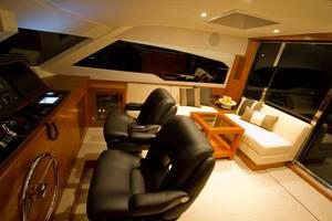 65' Johnson 65 SkyLounge M/Y 2017