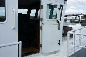 50' Diesel Duck Enhanced 50 2002 Diesel Duck  50 Full Door Open