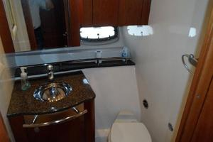 48' Sea Ray 48 Sundancer 2005 Master Head