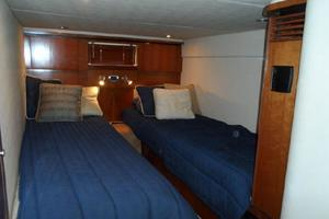 48' Sea Ray 48 Sundancer 2005 guest stateroom