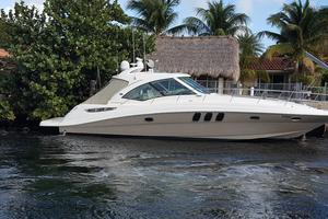 48' Sea Ray 48 Sundancer 2005 Starboard view