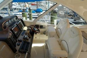 48' Sea Ray 48 Sundancer 2005 Captain chairs