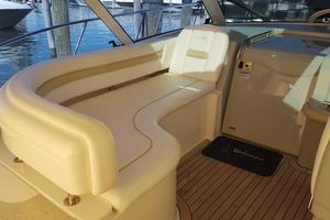 50' Sea Ray 500 Sundancer 2010 Helm Seating area