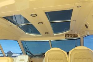 50' Sea Ray 500 Sundancer 2010 Electric Sun-roof