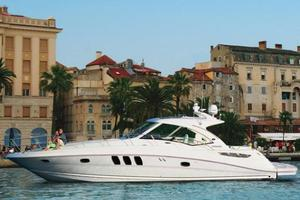 50' Sea Ray 500 Sundancer 2010 Manufacturer Provided Image