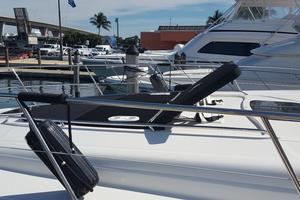 50' Sea Ray 500 Sundancer 2010 Bow Sun-pads