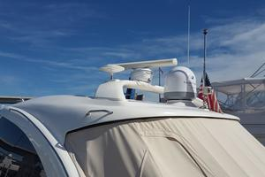 50' Sea Ray 500 Sundancer 2010 Hard Top and elect Antennas