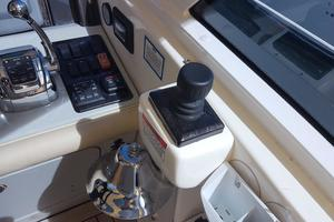 50' Sea Ray 500 Sundancer 2010 Joystick