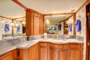 118' Broward Raised Pilothouse MY 2000 His & Her Master Bath