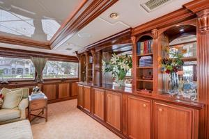 118' Broward Raised Pilothouse MY 2000 Main Salon Entertainment Center