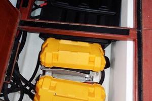 54' Beneteau Oceanis 54 2011 Batteries