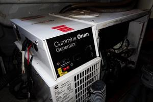 54' Beneteau Oceanis 54 2011 Generator