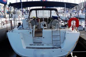 54' Beneteau Oceanis 54 2011 Stern
