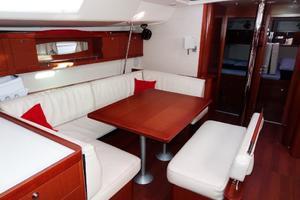 54' Beneteau Oceanis 54 2011 Saloon