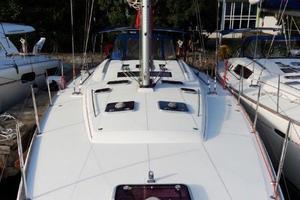 54' Beneteau Oceanis 54 2011 Foredeck Aft