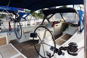 54' Beneteau Oceanis 54 2011 Cockpit 1