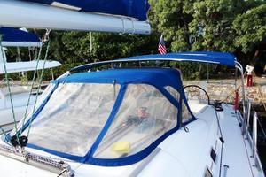 54' Beneteau Oceanis 54 2011 Sprayhood